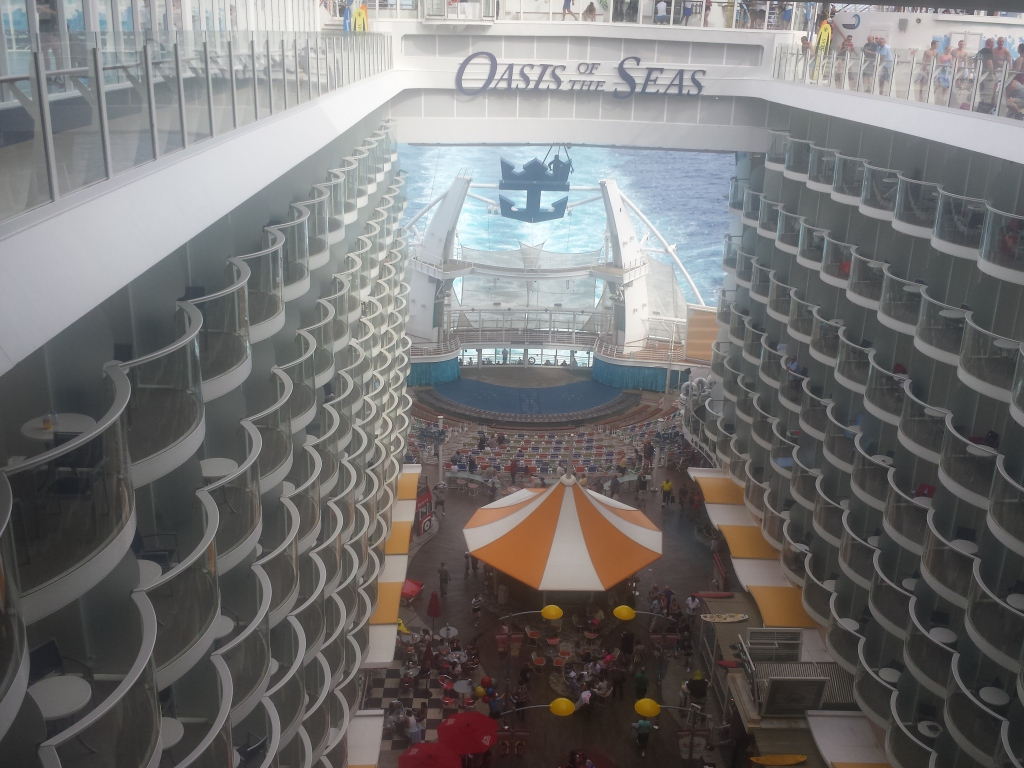 Broadwalk Oasis of the Seas