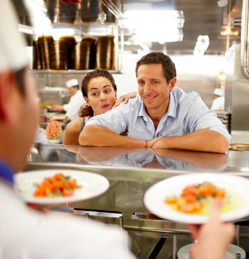 Couple cuisine italienne Costa