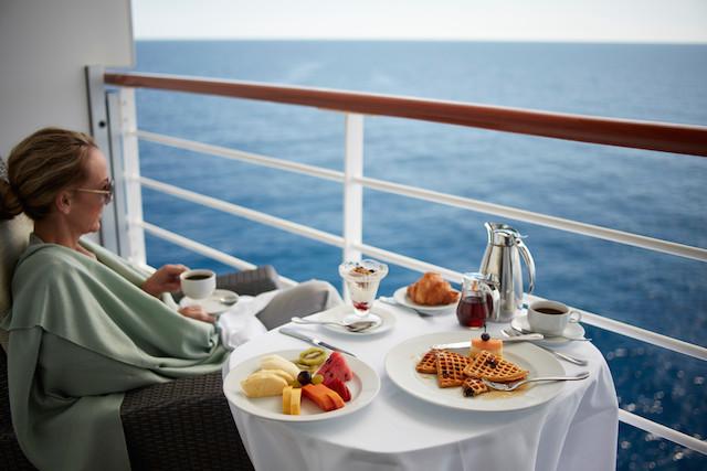 petit déjeuner face à la mer sur les navires d'Oceania Cruise
