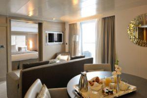 cabine suite sur un yacht de luxe du Ponant