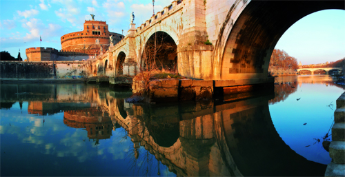 le pont saint ange et le chateau saint ange à Rome