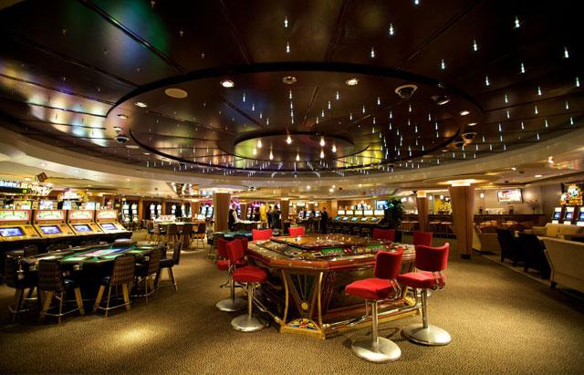 casino et salle de jeux en croisière