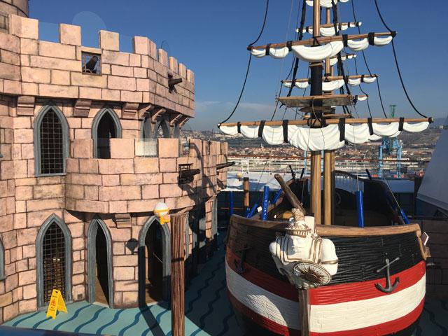 bateau pirate du costa diadema
