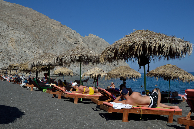 plage Périssa Santorin