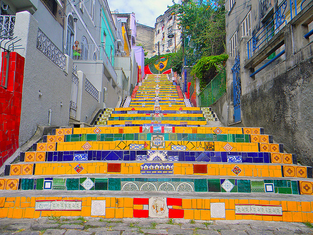les escaliers colorés de selaron
