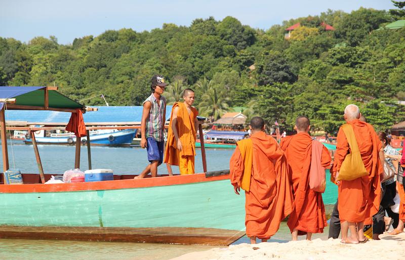 plages et moines bouddhistes de Sihanoukville