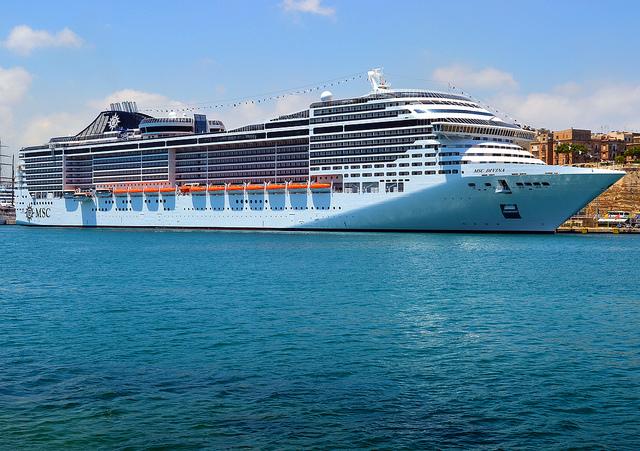 navire msc divina