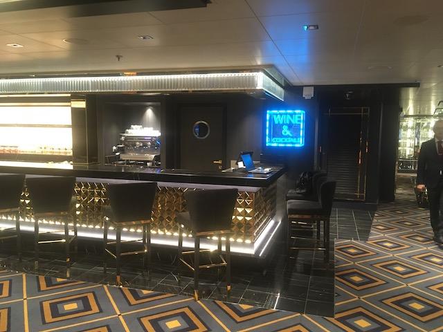 bar à champagne, vins et cocktails msc seaview
