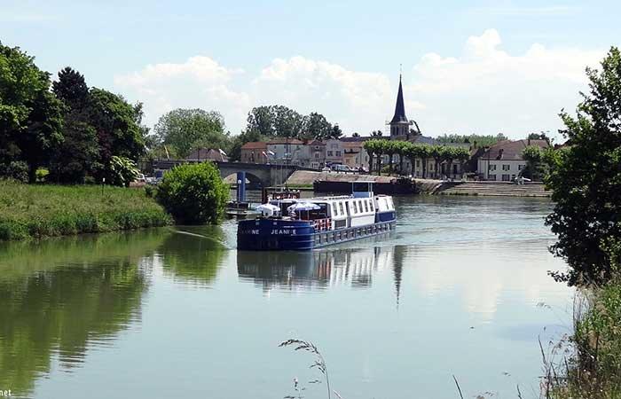 Le canal de Bourgogne et la petite Saône, 7 jours - PJN