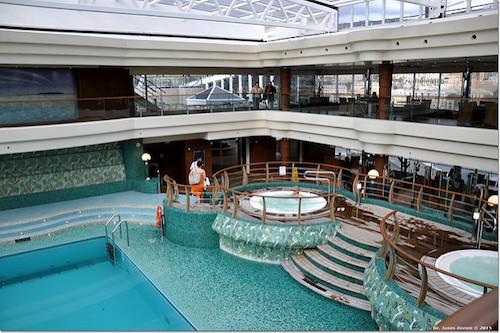 piscine intérieur msc fantasia
