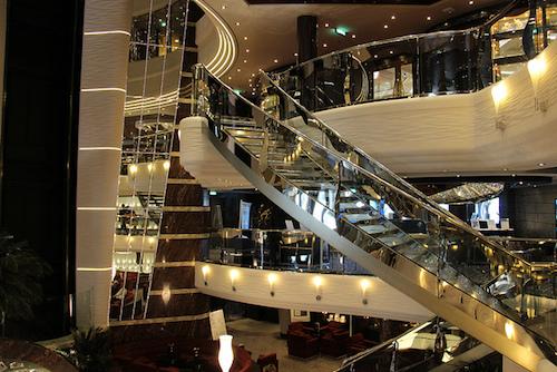 escalier Swarovski MSC Divina