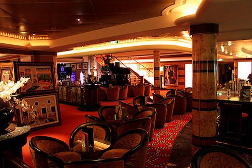 lounge norwegian pearl