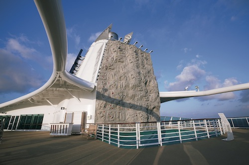 mur escalade royal caribbean