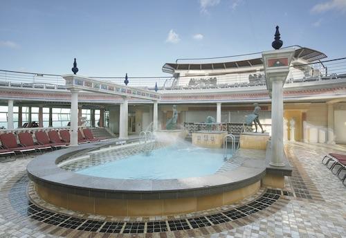piscine explorer of the seas Royal Caribbean