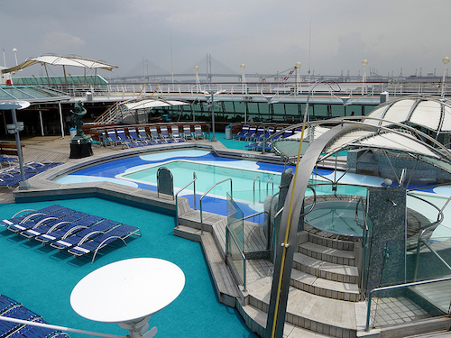 legend of the seas pont piscine rccl
