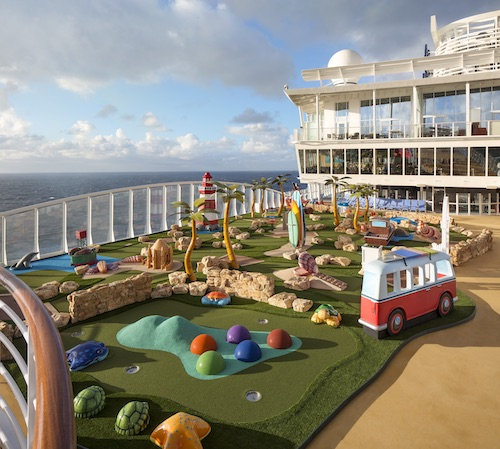 mini golf Royal Caribbean symphony