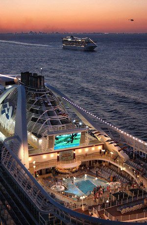 piscine cinema caribbean princess