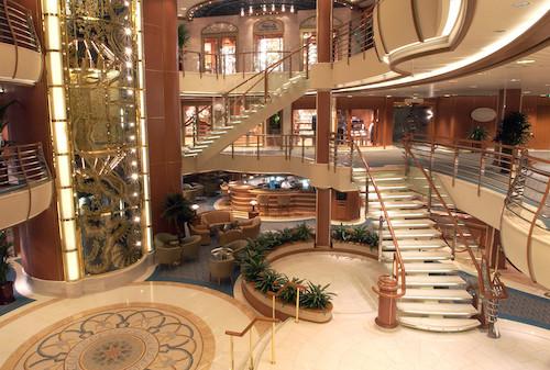 intérieur atrium diamod princess