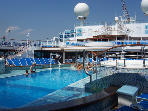 piscine emerald princess cruises