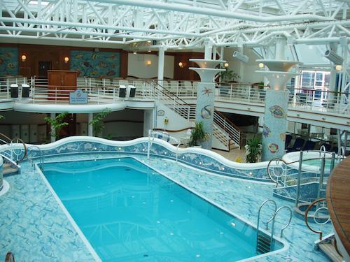 piscine intérieure golden princess