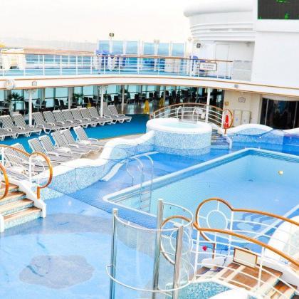 piscine grand princess cruises