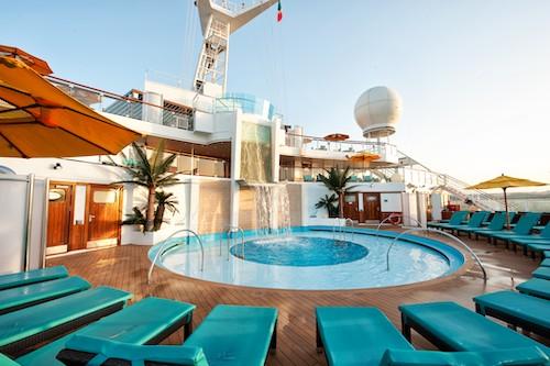 piscine serenity carnival sunshine