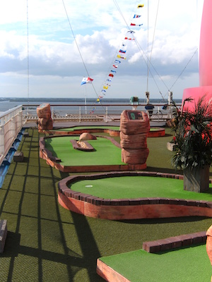 mini golf carnival glory