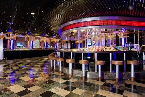 bar carnival fascination
