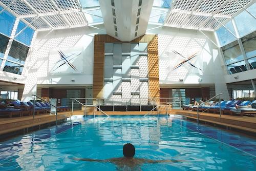 piscine celebrity equinox