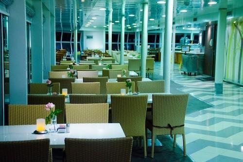 restaurant celestial cruise